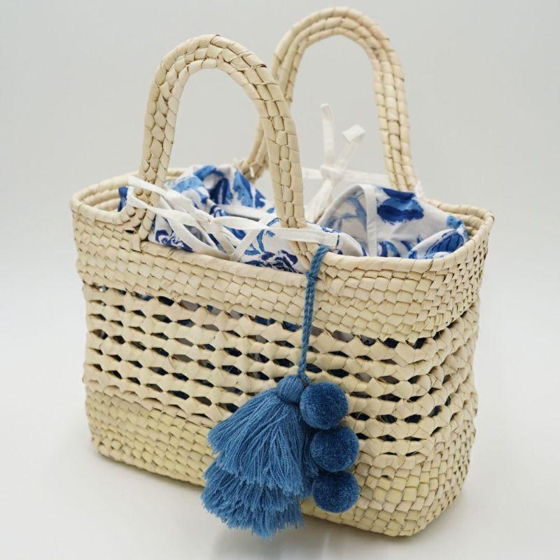 メッシュ細工部分からお気に入りのBAG IN BAGや布を見せても可愛いです